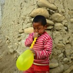 """ A big amrikaan gave this balloon to me. They hardly give m"